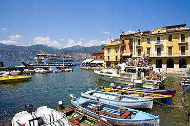 Harbour, Malcesine, Lake Garda, Venetia, Italy, Europe