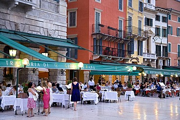 Restaurants on the Piazza Bra Square, Verona, Venice, Italy, Europe