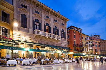 Restaurants on the Piazza Bra Square, evening, Verona, Venice, Italy, Europe