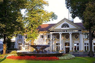 Thermal bath house, Bad Neuenahr, Ahrtal Valley, Eifel Range, Rhineland-Palatinate, Germany, Europe
