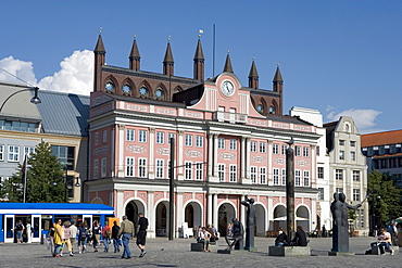 City Hall, Neuer Markt, Rostock, Mecklenburg-Western Pomerania, Germany, Europe