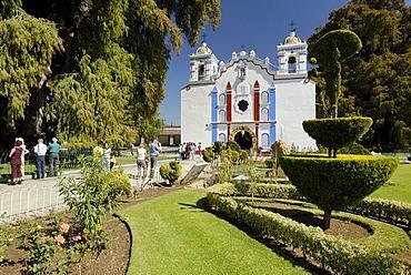 Church at the Arbol de Tule, tree of Tule, Santa Maria del Tule, Oaxaca, Mexico