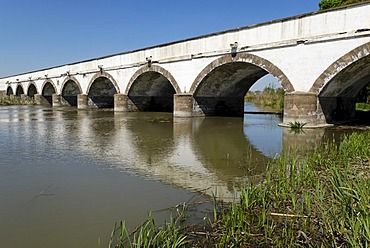 Stone bridge of Hortobagy, Hungaria