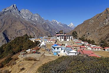 Tengpoche monastery with Khumbi Yul La (Khumbila, 5761), Sagarmatha National Park, Khumbu, Nepal