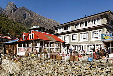 Trekking lodge at Phakding Sherpa village, Dudh Koshi valley, Sagarmatha National Park, Khumbu, Nepal