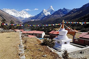 Tengpoche monastery in front of Ama Dablam (6856) and Lhotse (8501), Sagarmatha National Park, Khumbu, Nepal