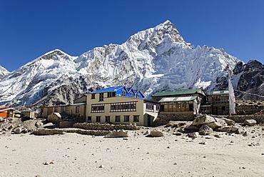 Trekking Lodge at Gorak Shep with Nuptse (7861), Mount Everest Region, Sagarmatha National Park, Khumbu, Nepal