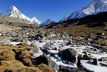 Khumbu glacier moraine with Pumori (7161), Khumbu Himal, Sagarmatha National Park, Nepal
