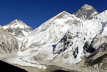 Famous view from Kala Patthar, Patar (5545) towards Mount Everest (8850), Nuptse (7861) and Khumbu Glacier, Sagarmatha National Park, Khumbu Himal, Nepal