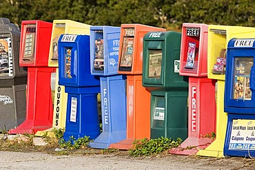 USA, colorful boxes for magazins and free newspapers