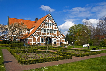 Historic timber framed, timber-frame town hall, Jork, Altes Land, Lower Saxony, Germany, Europe