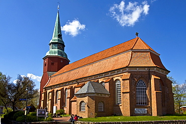 Historic Church of St. Martini et Nicolai in Steinkirchen, Altes Land, Lower Saxony, Germany, Europe