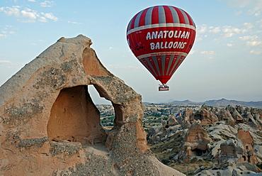 Hot-air ballon, Cappadocia, Turkey