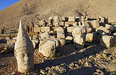 Tomb-sanctuary Nemrut Dagi, Anatolia, Turkey