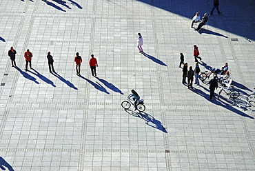 Pedestrians with shadows from the bird¥s view, Ulm, Baden-Wuerttemberg, Germany