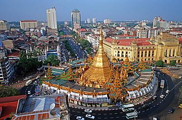 Sule pagoda in Yangon, Burma