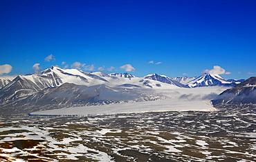 Taylor Valley seen en route to the McMurdo Dry Valleys, Antarctica