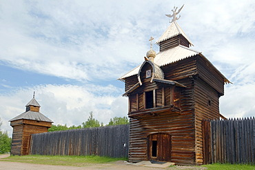 "Spassky tower of the Ylym jail, 1667, Irkutsk Architectural and Ethnographic Museum ""Taltsy"", settlement of Talzy, Irkutsk region, Baikal, Siberia, Russian Federation, Eurasia"