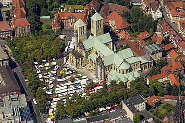 Aerial view, Muenster Cathedral, Muenster, Muenster region, North Rhine-Westphalia, Germany, Europe