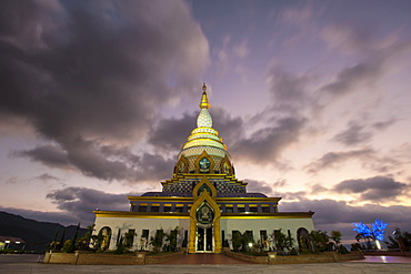 Chedi Kaew, Crystal Pagoda, Wat Tha Ton, Tha Ton also known as Ban Thaton, northern Thailand, Thailand, Asia