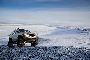 Super Jeep in a winter landscape, Vatnajoekull Glacier, Icelandic Highlands, Iceland, Europe