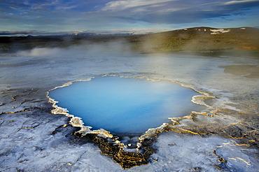 Blue water pool, Bl√°hver hot spring, Hveravellir high-temperature or geothermal region, Highlands, Iceland, Europe