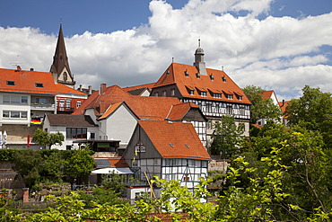Medieval town with the Town Hall and the Neustadtkirche, new town church, Warburg, North Rhine-Westphalia, Germany, Europe, PublicGround
