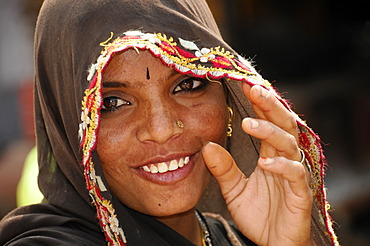 Young Indian woman, Kota, Rajasthan, North India, Asia