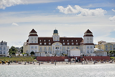 Beach and the Kurhaus spa building, Binz, Mecklenburg-Western Pomerania, Germany