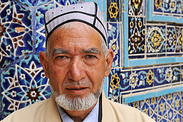 Uzbek man with traditional hat, cap, Uzbekistan, Central Asia