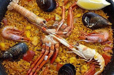 Seafood paella, detail