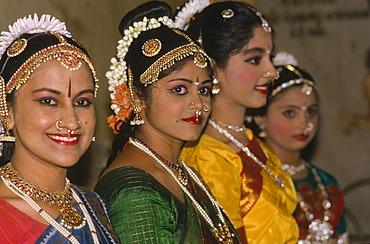 Odissi dancers, Khajuraho, Madhya Pradesh, India, Asia