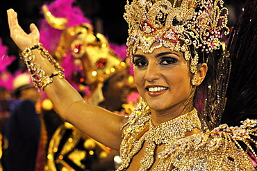 Dancer of Uniao da Ilha samba school at the Carnaval in Rio de Janeiro 2010, Brazil, South America