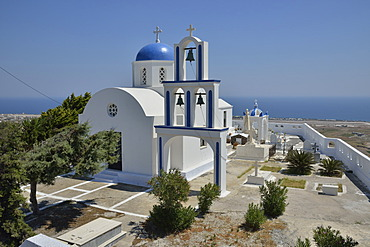 Old church of Éxo Goniá, typical architecture of the Cyclades, Santorini, Cyclades, Greek island, Greece, Europe