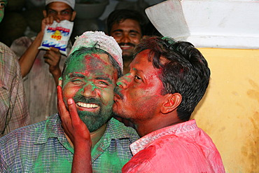 Kissing men, portrait during a wedding, Sufi shrine, Bareilly, Uttar Pradesh, India, Asia