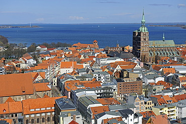 View from St. Mary's Church over the historic town centre with the Church of St. Nicholas, port and Strelasund, Stralsund, UNESCO World Heritage Site, Mecklenburg-Western Pomerania, Germany, Europe, PublicGround