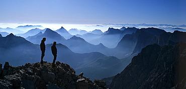 Birkkarspitze, alpinists, backlight, Karwendel, Tyrol, Austria