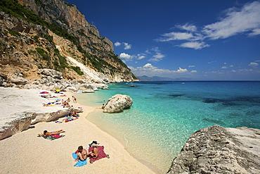 Beach, Cala Goloritze bay, Golfo di Orosei, Gennargentu National Park, Sardinia, Italy, Europe