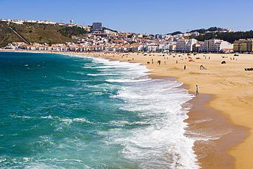Sitio and Praia da Nazare beach, Nazare, Oeste, Leiria District, Portugal, Europe