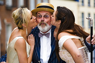 Man and two women celebrating Bloomsday, Dublin, Baile Átha Cliath, County Dublin, Leinster, Ireland, Europe