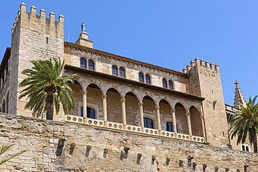 Almudaina Palace, Palau de l'Almudaina, Avinguda de Gabriel Roca, Parc de la Mar, old town, Ciutat Antiga, Palma de Mallorca, Majorca, Balearic Islands, Spain, Europe