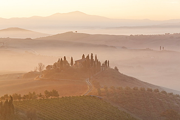 Morning mood, view towards Podere Belvedere, San Qurico d'Orcia, UNESCO World Cultural Heritage Site, Tuscany region, province of Siena, Italy, Europe