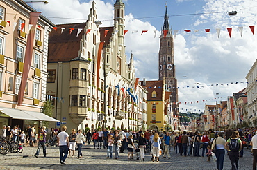 The Old Town decorated for the Landshuter Hochzeit, Landshut Wedding, historical pageant, Landshut, Bavaria, Germany, Europe