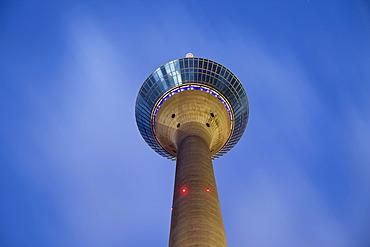 Rheinturm tower, television tower at night, Duesseldorf, North Rhine-Westphalia, Germany, Europe