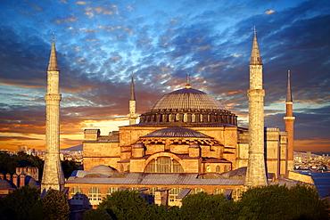 6th century Byzantine, Eastern Roman, Hagia Sophia, Ayasofya, at sunset, built by Emperor Justinian, Istanbul, Turkey
