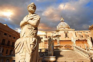 Fountain of Piazza Pretoria by Florentine Mannerist sculptor Francesco Camilliani, 1554 - 1555, Palermo, Sicily, Italy, Europe