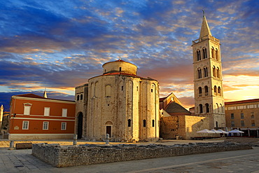The pre-Romanesque Byzantine St Donat's Church and the Campanile bell tower of St Anastasia Cathedral, Zadar, Croatia, Europe