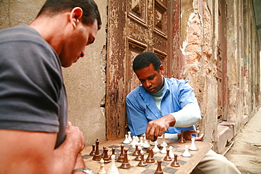 Two men playing chess in the streets, Havana, Cuba, Caribbean