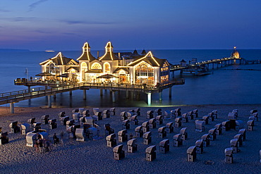 Sellin sea bridge, pier, at dusk, Ruegen Island, Mecklenburg-Western Pomerania, Germany, Europe