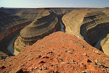 Meander bend of the San Juan River, Goosenecks State Park, San Juan County, Utah, United States of America, USA